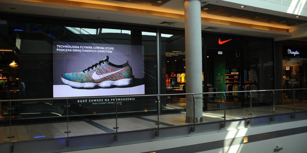 Nike. Rozwiązania multimedialne. Digital Signage. Ekran LED.